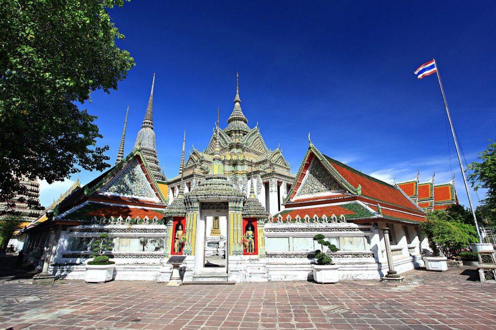 6 Wisata Bangkok Terpopuler untuk Dikunjungi