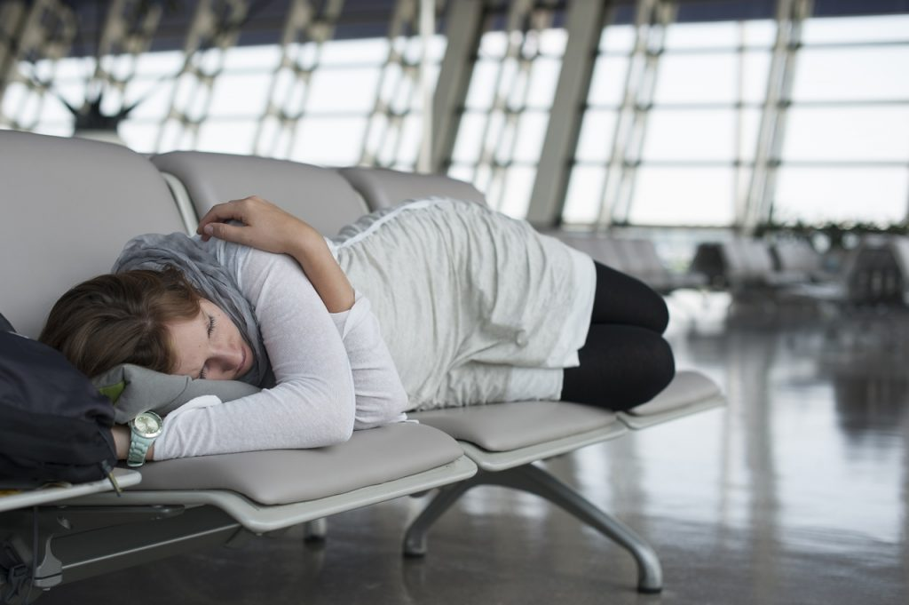 Tips Mengurangi Jet Lag Saat Travel Domestic dan International